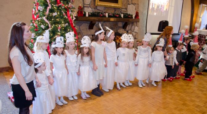 """Metinis Atlantos lituanistinės mokyklos """"Saulė"""" vaikų šventė ir pasirodymas."""